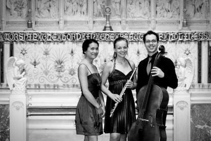 Perri Lo, Piano; Nadia Sparrow, flûte; Dominic Painchaud, violoncelle. © 2013 Andrée-Anne Rivest Photographe www.aarivest.com